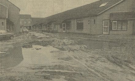 Helmerhoekers in de modder