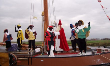 Sinterklaasfeest in de Helmerhoek