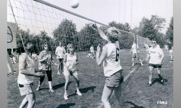 Volleybaltoernooi en wijkfeest