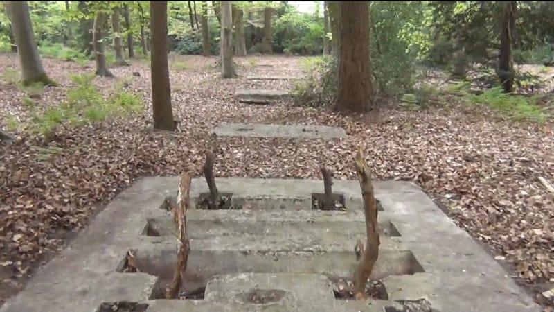 Sporen van het oorlogsverleden in en aan de rand van de Helmerhoek.
