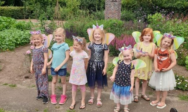 Anna viert haar feestje in de Bijenhoek